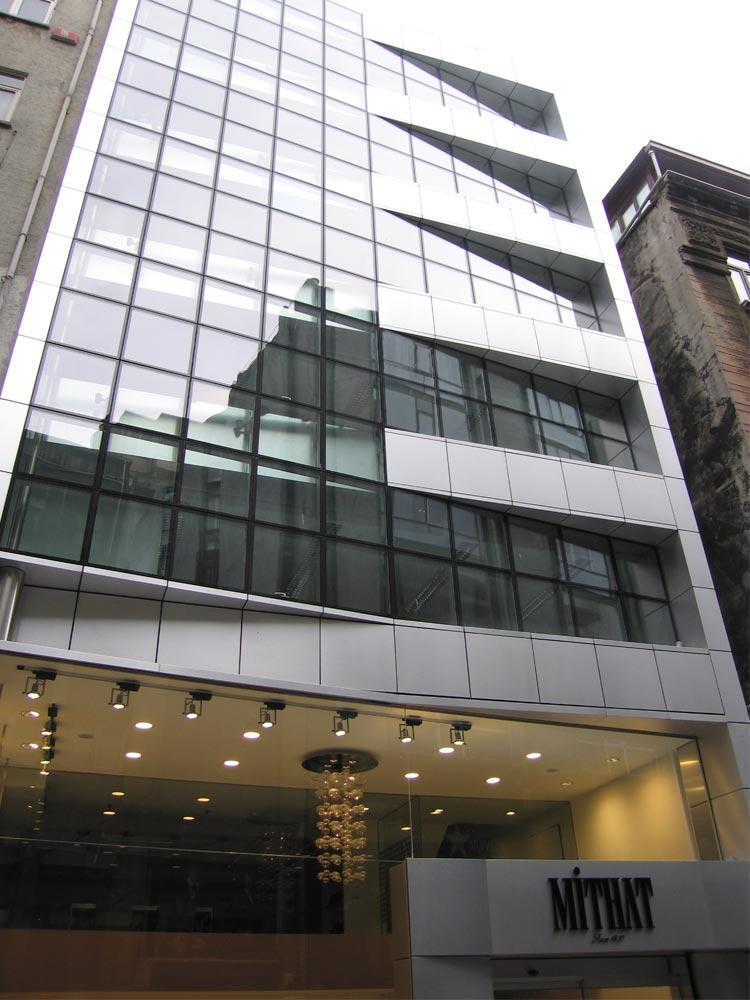 2008-mithat-giyim-toptan-satış-binası-1