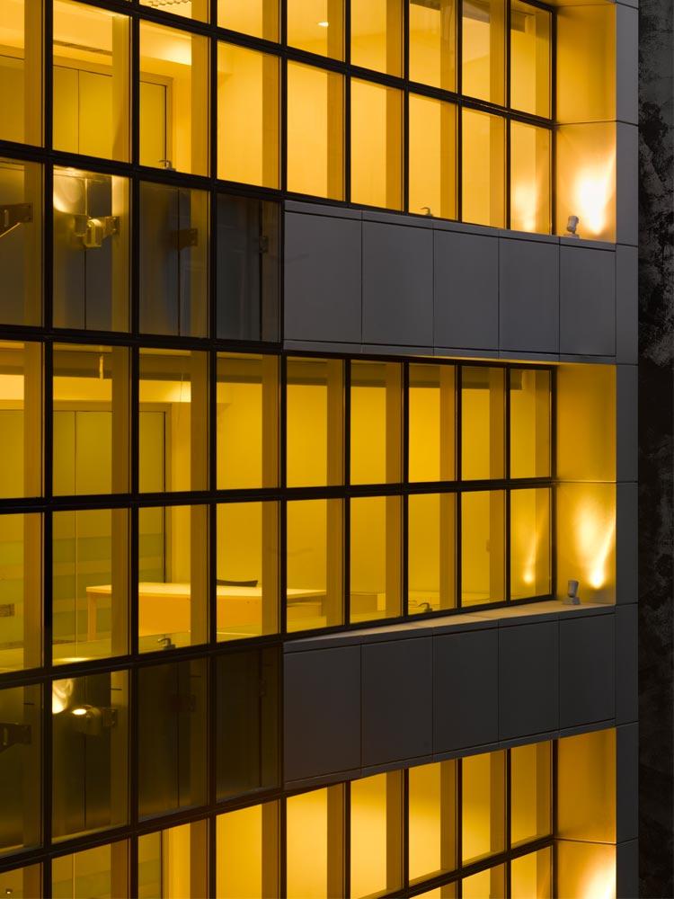 2008-mithat-giyim-toptan-satış-binası-4